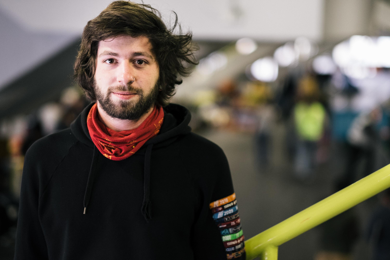 Felix ist einer der Organisatoren der Notunterkunft.