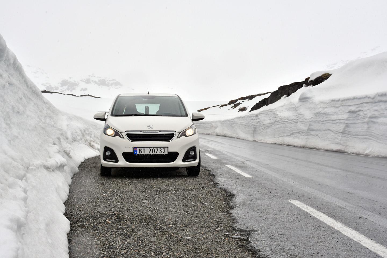 2 Schneesituation am Strynefjell Anfang Juni