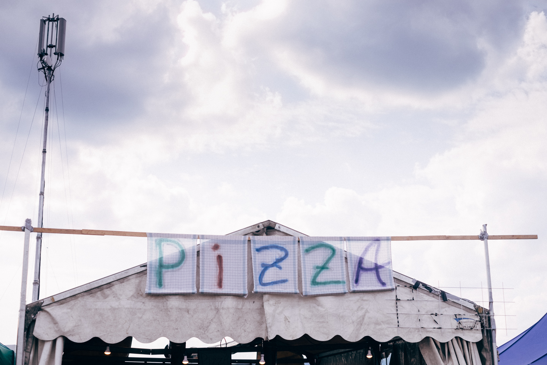 Pizza (2016)